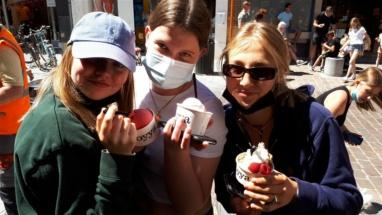 ijsje eten (3)
