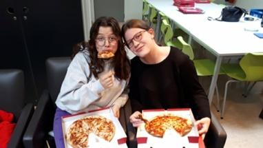 pizza eten (15)